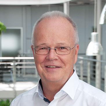 Portraitfoto vom CTO von Hoffmann + Krippner